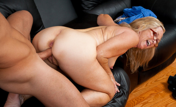 Annabelle Brady - Sex Position #11