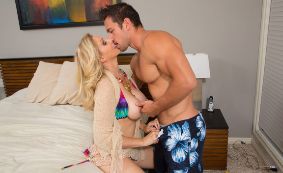 Julia Ann - Sex Position #1